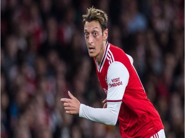 Emery'den Mesut Özil'e açık kapı!