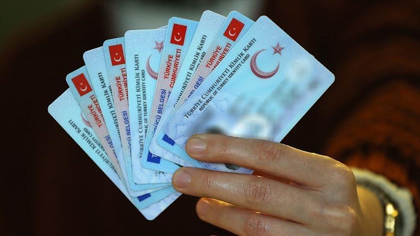 30 Haziran itibarıyla KKTC'ye gidişlerde yeni tip kimlik kartları kullanılacak