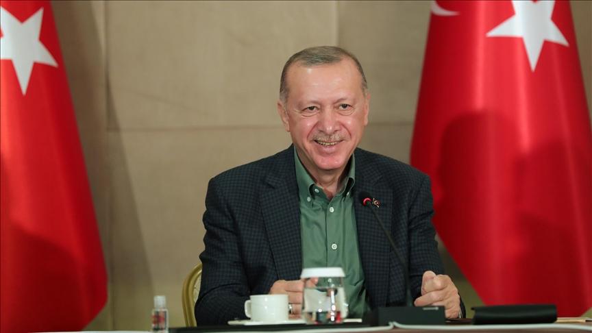 Cumhurbaşkanı Erdoğan, çevrim içi 'Babalar Günü' etkinliğinde gençlerle bir araya geldi