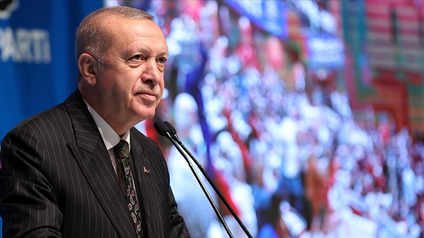 Cumhurbaşkanı Erdoğan: Muhalefet seçim öncesi bol keseden dağıttığı vaatlerin altında ezildi