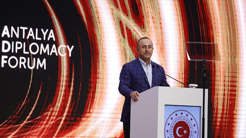 Dışişleri Bakanı Çavuşoğlu: Türkiye Kabil'de çerçeve ülkedir