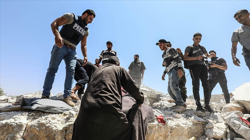 Esed rejiminin İdlib'e saldırısında 6 sivil öldü