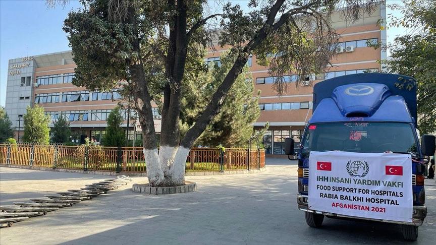 İHH, Afganistan'da 2 hastaneye gıda yardımı ulaştırdı