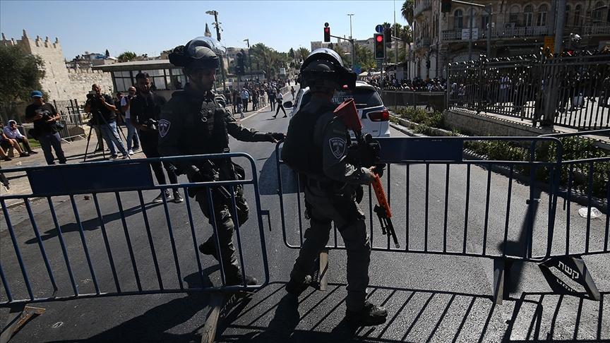 İsrail güçleri, Batı Şeria'daki gösteride bir Filistinliyi başından vurarak ağır yaraladı