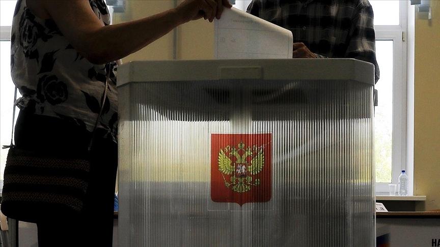 Putin'in partisi Birleşik Rusya, 324 milletvekili ile Duma'ya girdi