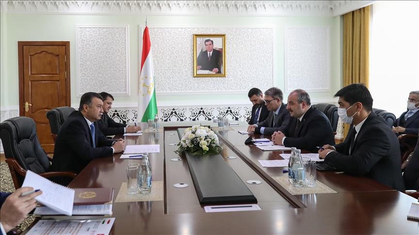 Sanayi ve Teknoloji Bakanı Varank, Tacikistan Başbakanı Rasulzoda ile görüştü