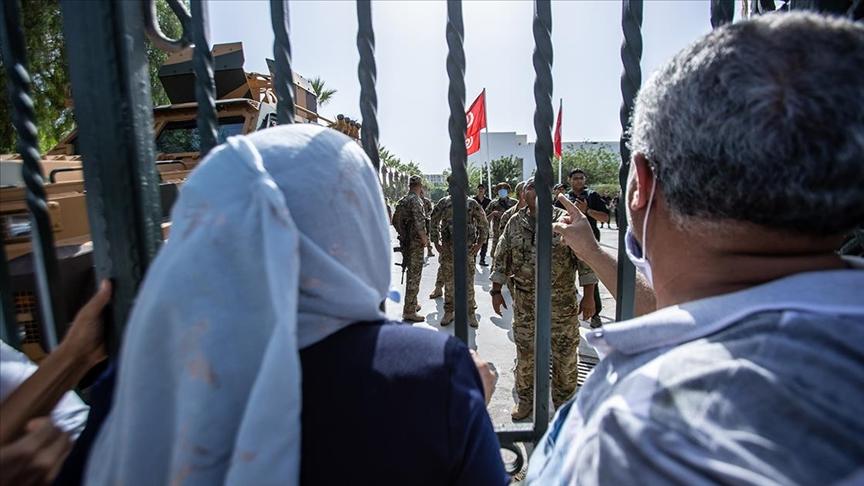 Tunus'taki darbe girişimi sonrası Said ve siyasi muhalifleri arasında uzlaşma beklenmiyor