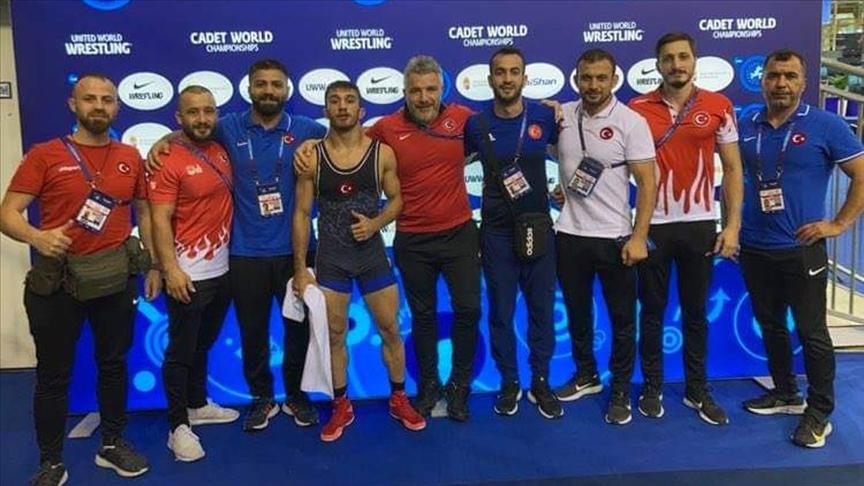 Türkiye, Dünya Yıldızlar Güreş Şampiyonası'nı 2'si altın 8 madalyayla tamamladı