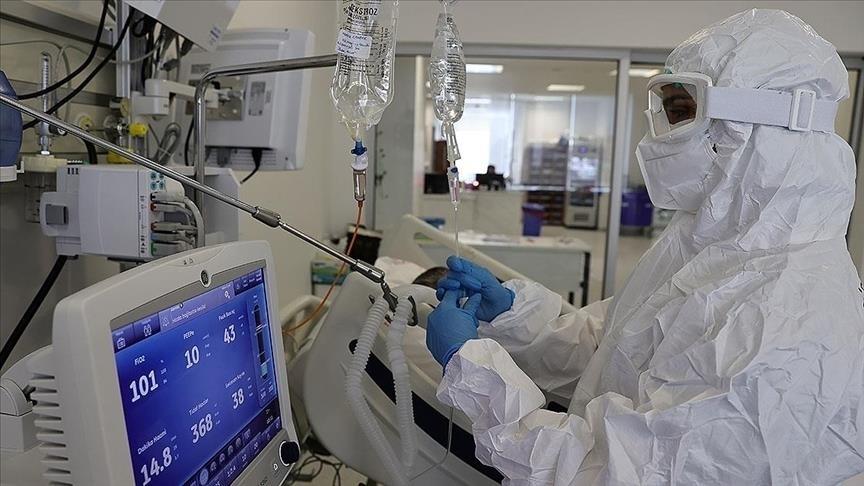 Türkiye'de 5 bin 809 kişinin Kovid-19 testi pozitif çıktı, 65 kişi yaşamını yitirdi