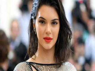 Kendall Jenner'dan imaj değişikliği: Sarışın oldu
