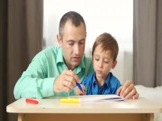 Babalar tatilde çocuklarına daha çok vakit ayırmalı