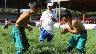 660. Tarihi Kırkpınar Yağlı Güreşleri başladı
