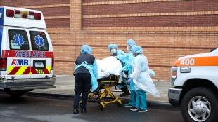 ABD'de Kovid-19 nedeniyle ölenlerin sayısı 585 bin 709'a yükseldi