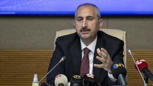 Adalet Bakanı Gül: Dijital mecralar hukuk güvenliğinin ana konusudur