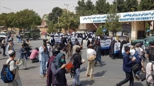 Afganistan'da üniversitelerdeki karma eğitim sistemi sona eriyor