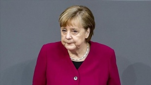 Almanya Başbakanı Merkel'den 'dev yatırımlar gerekli' uyarısı