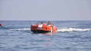 Antalya'da üretilen otomobil görünümlü deniz araçları yurt dışında ilgi görüyor