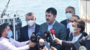 Bakan Kurum: Marmara Denizi'mizde müsilaj temizliğine aralıksız devam ediyoruz