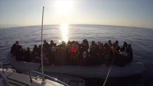 Çanakkale'de 54 sığınmacı kurtarıldı