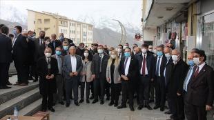 CHP Esnaf Masası Hakkari'de esnafla buluştu
