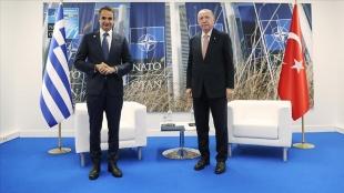 Cumhurbaşkanı Erdoğan ile Yunanistan Başbakanı Miçotakis'in görüşmesi başladı