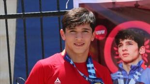 Dünya Yıldızlar Güreş Şampiyonası'nda Abdullah Toprak bronz madalya kazandı