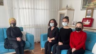 Emine Erdoğan, Bitlis şehidinin ailesine taziye ziyaretinde bulundu