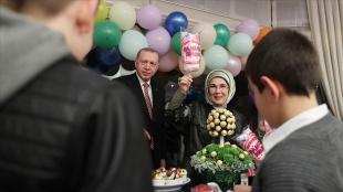 Emine Erdoğan'dan Sevgi Evlerindeki çocukları ağırladıkları iftara ilişkin paylaşım