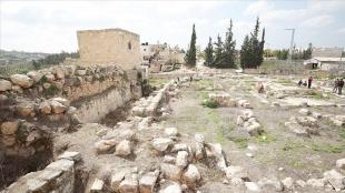 Filistin'deki Roma dönemine ait El-Murak Sarayı Yahudi yerleşimcilerin ihlallerine maruz kalıyo
