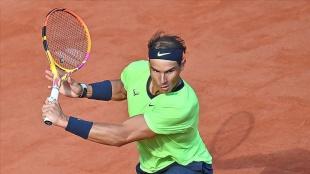 Fransa Açık tek erkeklerde son çeyrek final biletini Nadal aldı