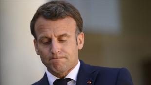 Fransa Cumhurbaşkanına tapınak ziyareti sırasında 'Macron, sen bir ateistsin' tepkisi