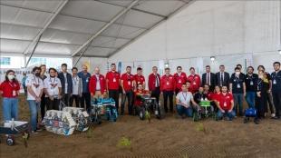 Gençler, TEKNOFEST'te tarımsal teknoloji yarışmalarıyla 'toprakla' buluştu