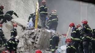 Gürcistan'da çöken 7 katlı binanın enkazında 5 kişinin cansız bedenine ulaşıldı