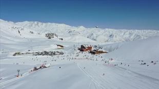 Hakkari'de bölgesel kalkınma hamlesi: Mergabütan Kayak Merkezi