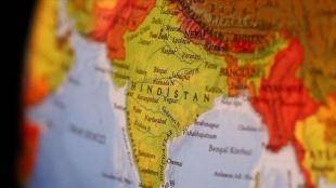 Hindistan Twitter'ı yeni internet düzenlemelerine 'kasten uymamakla' itham etti