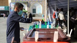 İran siyasetinde reformistlerin büyük çöküşü