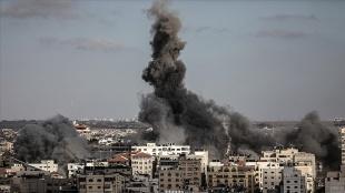 İsrail'in Gazze'ye yönelik saldırılarında hayatını kaybedenlerin sayısı 212'ye yüksel