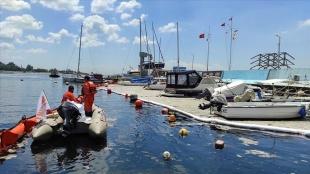 İstanbul ve İzmit Körfezi'nde müsilaj temizleme çalışmaları devam ediyor