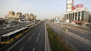 İstanbul'da 'tam kapanma' trafik yoğunluğunu azalttı