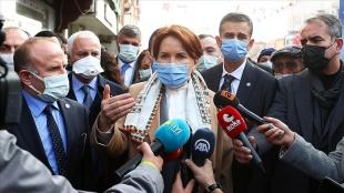 İYİ Parti Genel Başkanı Akşener yeni yılda esnaf ziyaretlerine Ankara'nın ilçelerinden başladı