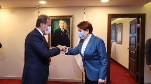 İYİ Parti Genel Başkanı Meral Akşener bazı belediye başkanlarıyla görüştü