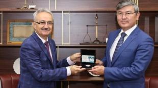 Kazakistan Bağımsızlığı'nın 30. Yılı Hatıra Parası İstanbul'da tanıtıldı