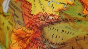 Kırgızistan sınırın Tacikistan tarafında askeri hareketlilik olduğunu öne sürdü