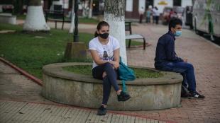 Kolombiya'da Kovid-19 vakalarının artması üzerine sokağa çıkma kısıtlaması getirildi
