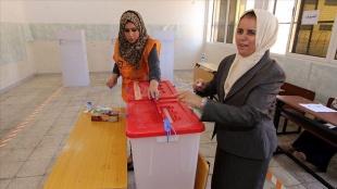 Libya'da Anayasa referandumunun 24 Aralık seçimlerinden sonra yapılması öngörülüyor