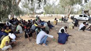 Libya'da barınma merkezlerinde hak ihlallerine maruz kalan göçmenler ülkeden güvenli çıkış isti