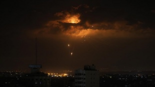 Lübnan'dan İsrail tarafına 6 roket atıldı