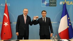Macron'dan Erdoğan ile görüşmesine ilişkin açıklama: 'Yatıştırıcı bir iklimde' gerçek