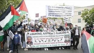 Madrid'de 'Filistin'e destek, ateşkese saygı' yürüyüşü