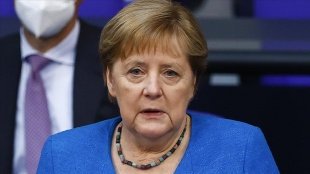 Merkel: Libya halkının gelecekleri hakkında kendilerinin karar vermesini istiyoruz